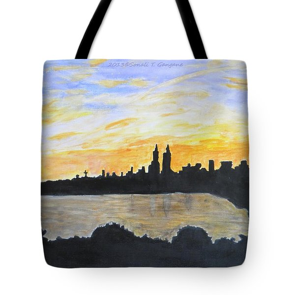 Central Park In Newyork Tote Bag by Sonali Gangane