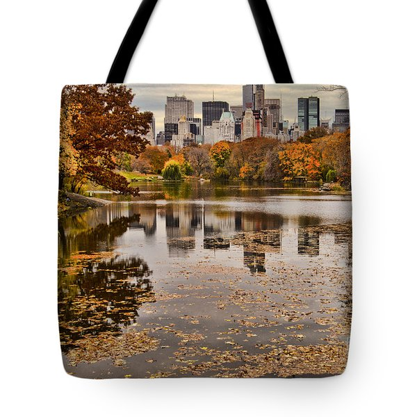 Central Park In The Fall New York City Tote Bag