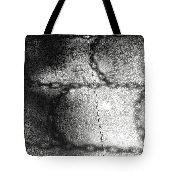 Chain Ladder Tote Bag