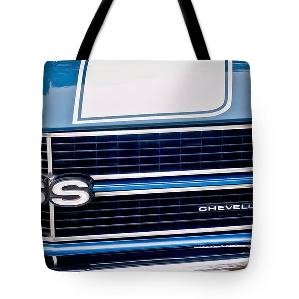 Tote Bag featuring the photograph Chevrolet Chevelle Ss Grille Emblem 2 by Jill Reger