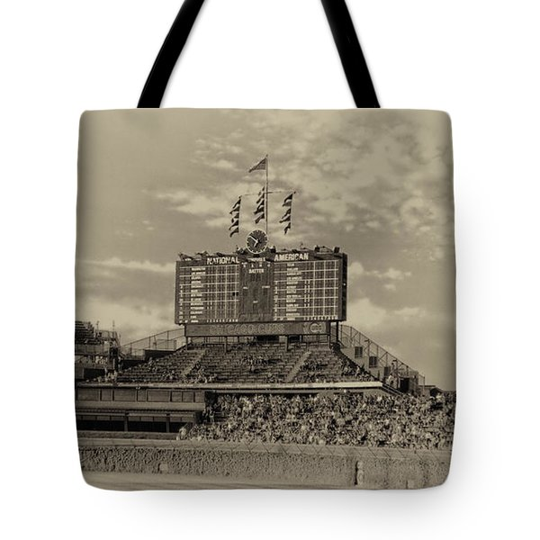 Chicago Cubs Scoreboard In Heirloom Finish Tote Bag