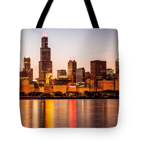 Chicago Downtown City Lakefront With Willis-sears Tower Tote Bag