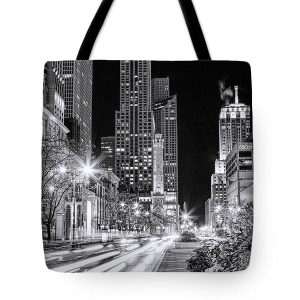 Chicago Michigan Avenue Light Streak Black And White Tote Bag