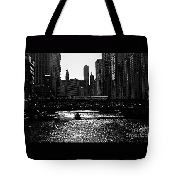 Chicago Morning Commute - Monochrome Tote Bag