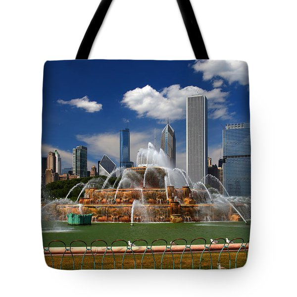 Chicago Skyline Grant Park Fountain Clouds Tote Bag