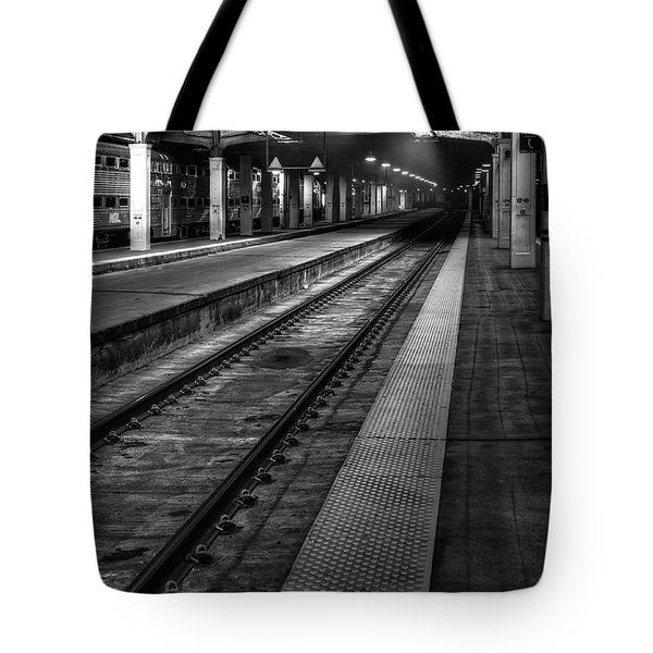 Chicago Union Station Tote Bag by Scott Norris
