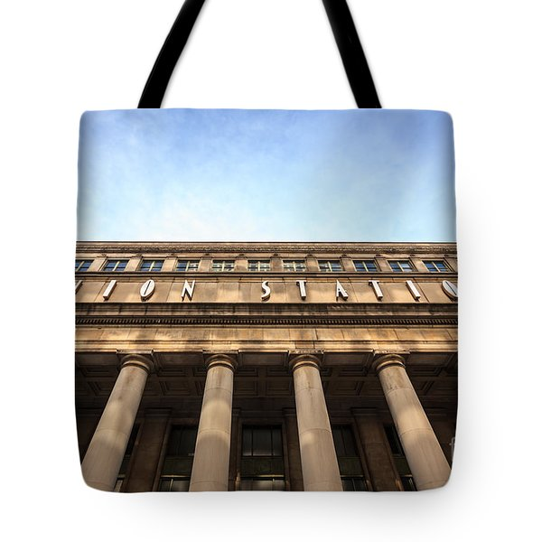 Chicago Union Station Sign And Building Columns Tote Bag by Paul Velgos
