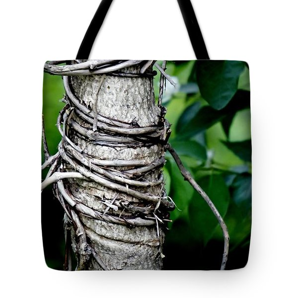 Tote Bag featuring the photograph Choke by Lilliana Mendez