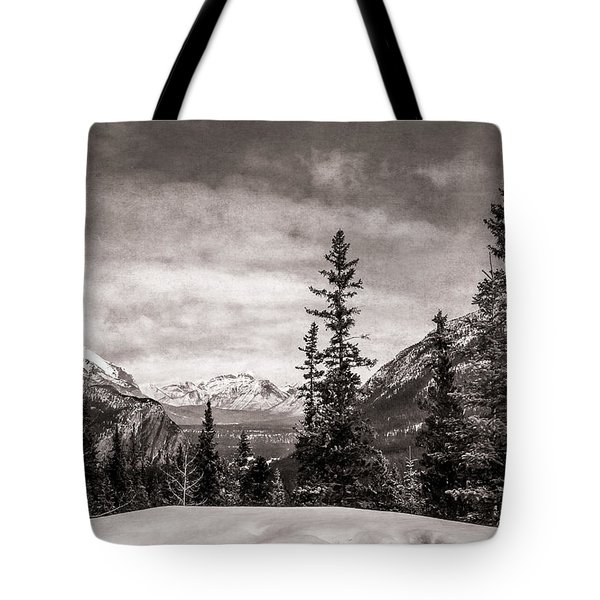Christmas Day In Banff Bw Tote Bag