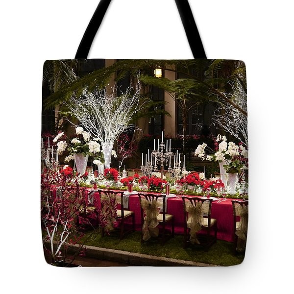 Christmas Dinner Tote Bag by Richard Reeve