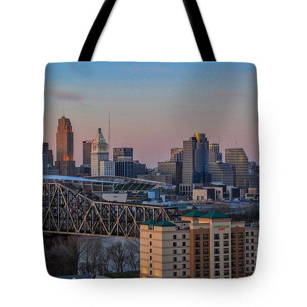 D9u-876 Cincinnati Ohio Skyline Photo Tote Bag