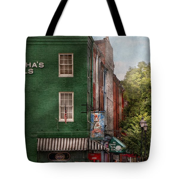 City - Baltimore - Fells Point Md - Bertha's And The Greene Turtle  Tote Bag