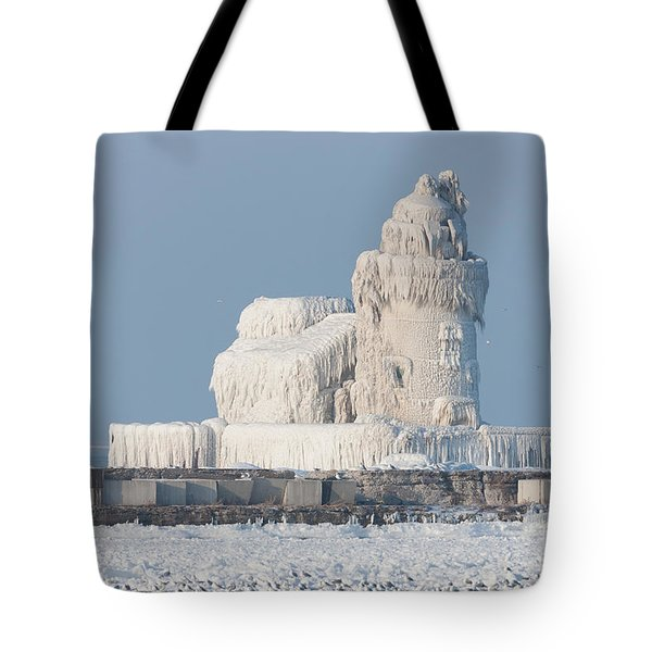 Cleveland Harbor West Pierhead Light Tote Bag
