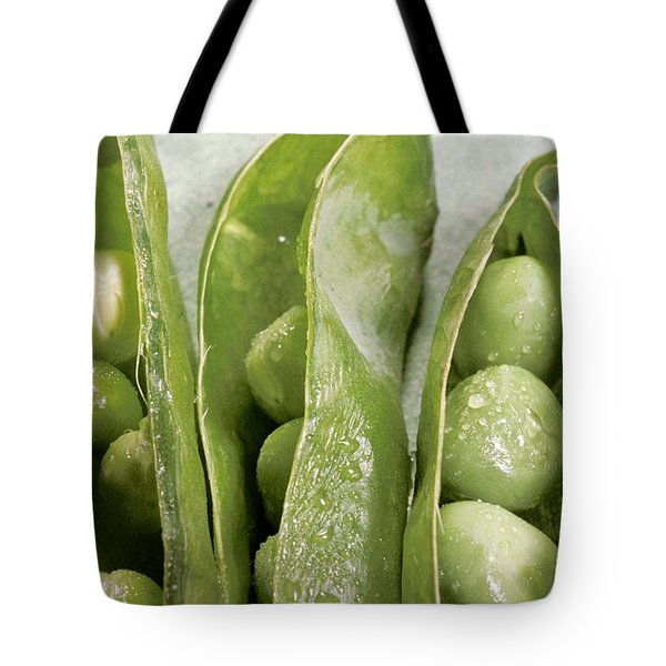 Close Up Of Green Peas In Pods Tote Bag