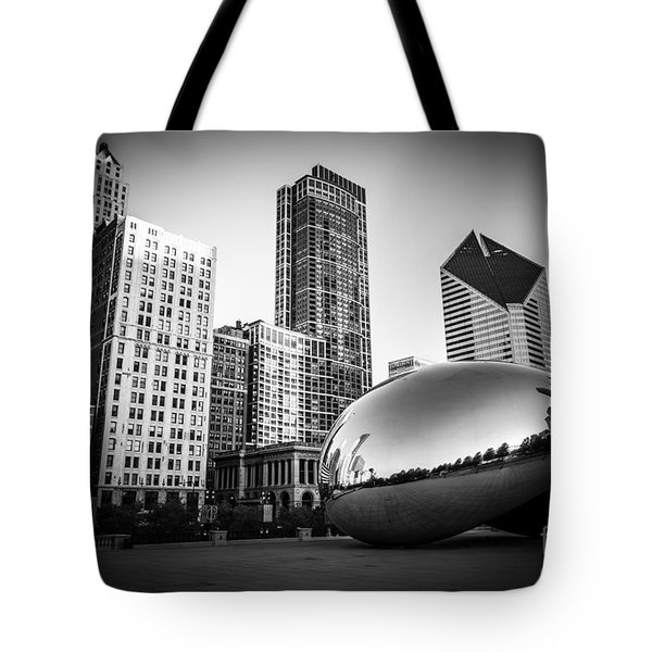 Cloud Gate Bean Chicago Skyline In Black And White Tote Bag by Paul Velgos