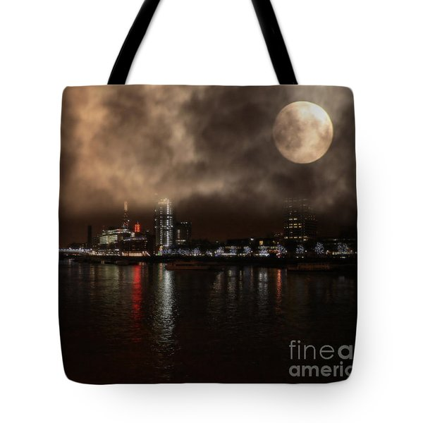 Victoria London  Tote Bag