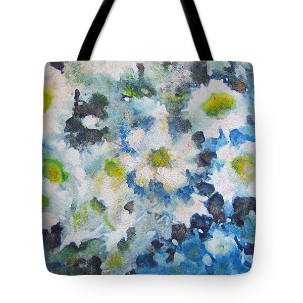 Cluster Of Daisies Tote Bag