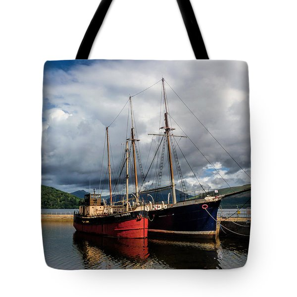 Clyde Puffer Tote Bag