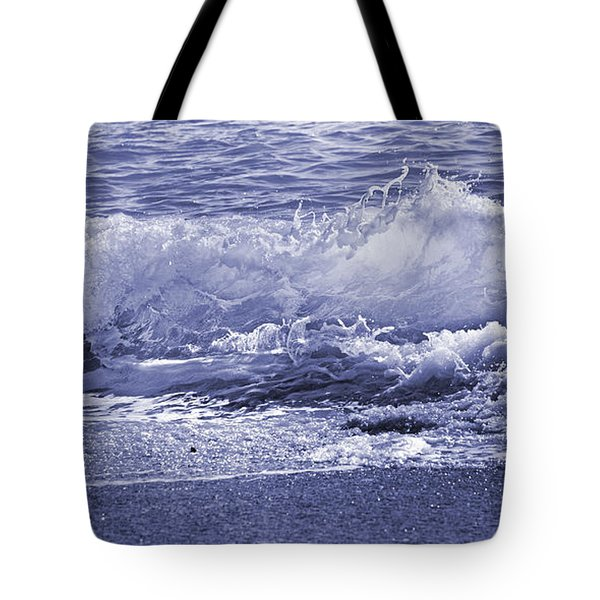 Color Quiet Wave Tote Bag
