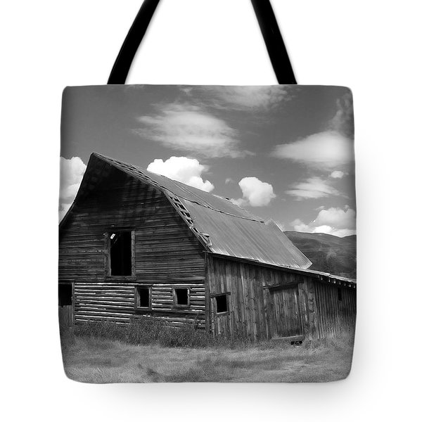 Colorado Barn Tote Bag