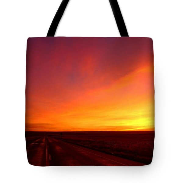 Tote Bag featuring the photograph Colored Morning by Lynn Hopwood
