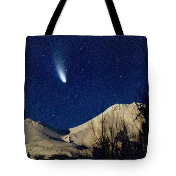 Comet Hale Bopp Rising Over Mount Shasta 01 Tote Bag by Patricia Sanders