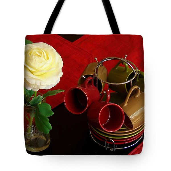 Tote Bag featuring the photograph Comfort Zone by Rodney Lee Williams