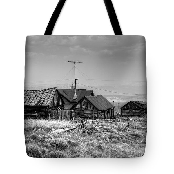 Tote Bag featuring the photograph Como In Black And White by Lanita Williams