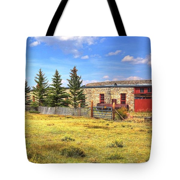 Tote Bag featuring the photograph Como Roundhouse by Lanita Williams