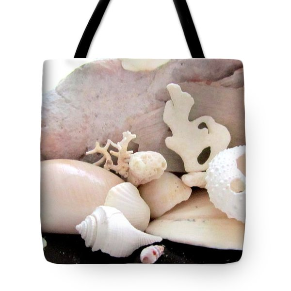 Conch And Tropical Shells  Meddley Tote Bag
