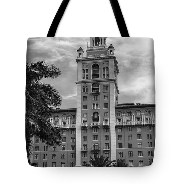 Coral Gables Biltmore Hotel In Black And White Tote Bag