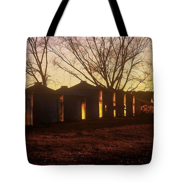 Tote Bag featuring the photograph Corn Cribs At Sunset by Rodney Lee Williams