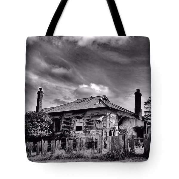 Tote Bag featuring the photograph Country Mansion by Wallaroo Images