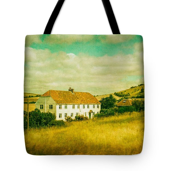 Tote Bag featuring the photograph Countryside Homestead by Lenny Carter