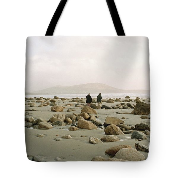Tote Bag featuring the photograph Couple And The Rocks by Rebecca Harman