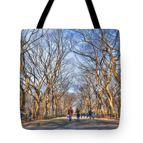 Couple At Literary Walk Tote Bag by Randy Aveille