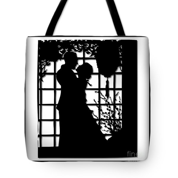 Couple In Love Silhouette Tote Bag