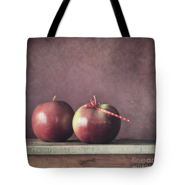 Couple Tote Bag by Priska Wettstein