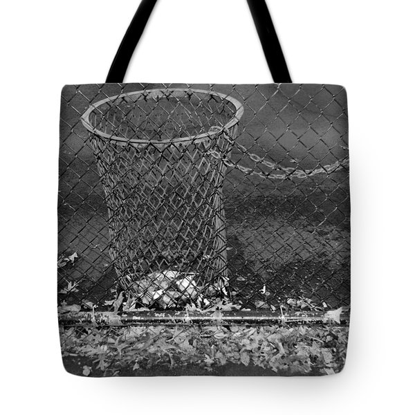 Court Trash In Black And White  Tote Bag by Rob Hans