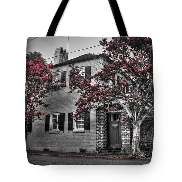 Crape Myrtles In Historic Downtown Charleston 1 Tote Bag