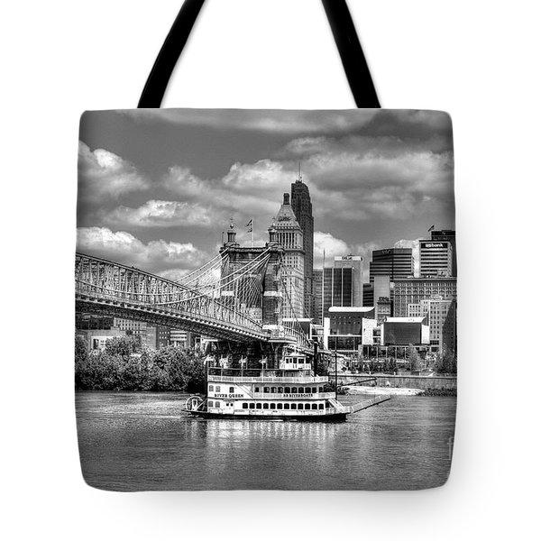 Cruising By Cincinnati 3 Bw Tote Bag