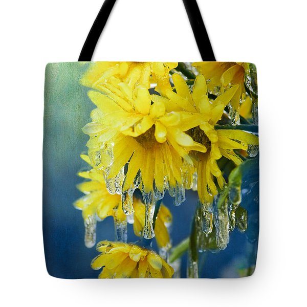 Daisies In Ice Tote Bag by Betty LaRue