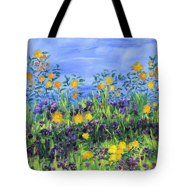 Daisy Days Tote Bag by Regina Valluzzi