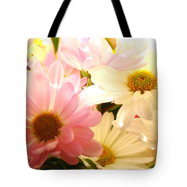 Daisy Magic Tote Bag