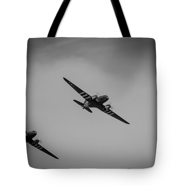 Tote Bag featuring the photograph Dakota D-day Black And White by Scott Lyons