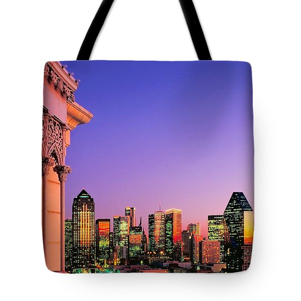 Tote Bag featuring the photograph Dallas Skyline At Dusk by David Perry Lawrence