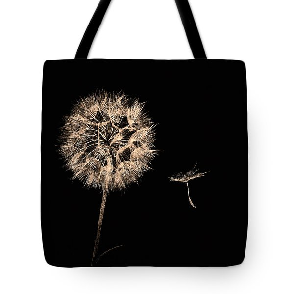 Dandelion With Seed Tote Bag