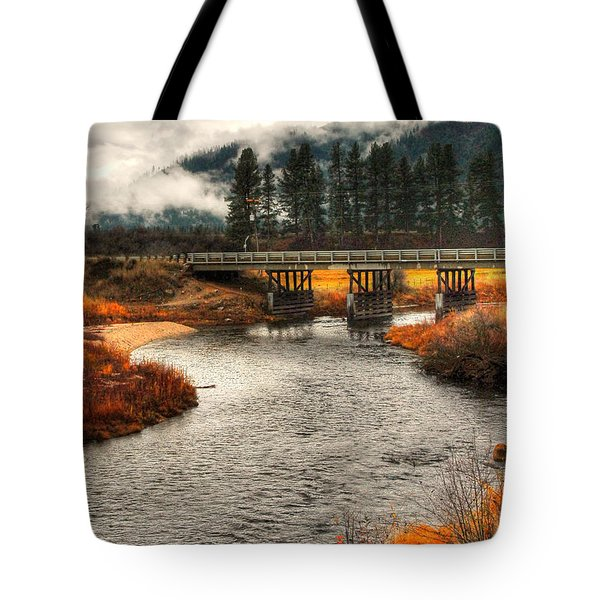Daveys Bridge Tote Bag