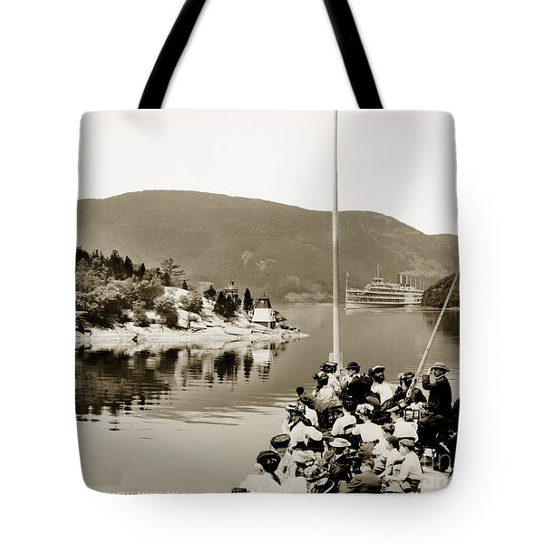 Dayliner At The Narrows In Sepia Tone Tote Bag