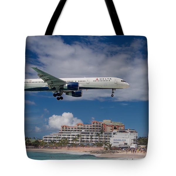 Delta Air Lines Landing At St. Maarten Tote Bag